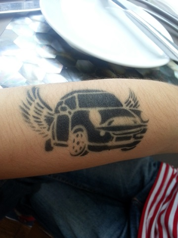 c744812e7 Durability. Airbrush tattoo ...